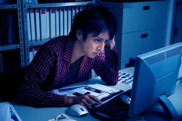 残業は人生の無駄だと思う件。定時で帰って他のことします。