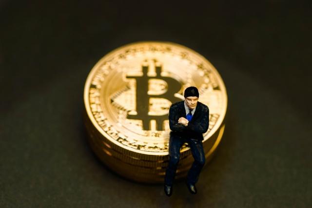仮想通貨は政府の規制に慣れていく
